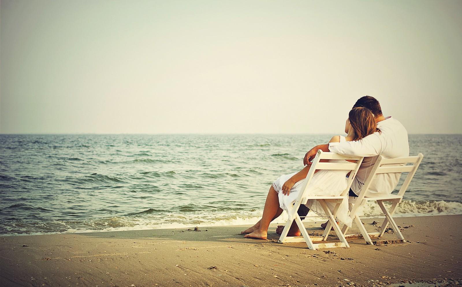 Romantic Couple Wallpaper Images