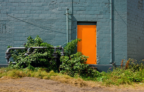 door orange usa newyork buffalo industrial bluewall orangedoor firstward old1ward buffalony20140824