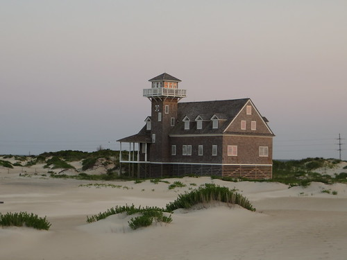 Pea Island Life-Saving Station, Pea Island National Wildlife Refuge, Outer Banks, North Carolina | by Ken Lund