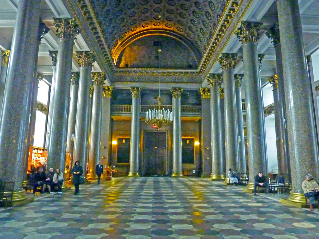 The great hall inside Kazan Cathedral ~ Spb | This great ...