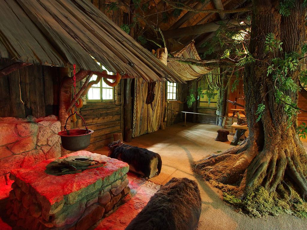 Inside Hunding's Hut | 20140613o025_1080 A fantasy 'rustic ...