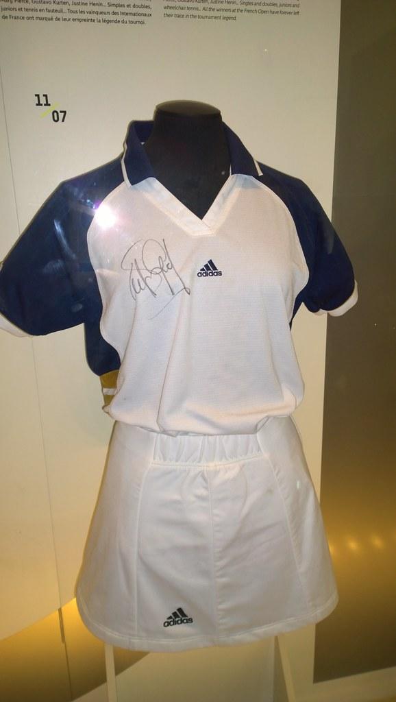 Steffi Graf 1999 outfit