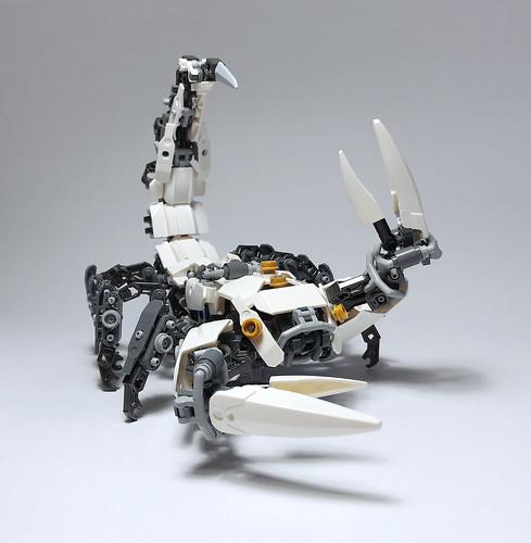 LEGO Mech Scorpion-04