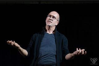 Jean-Luc Poncin - Si c'est gratuit, c'est nous le produit ! | by PhilCaz