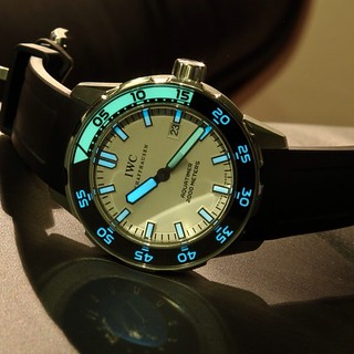 IWC Aquatimer glow in the dark #lume #wristporn #watch #watches #watchporn #iwc #iwcwatch #luxury #style | by wheelsonapp