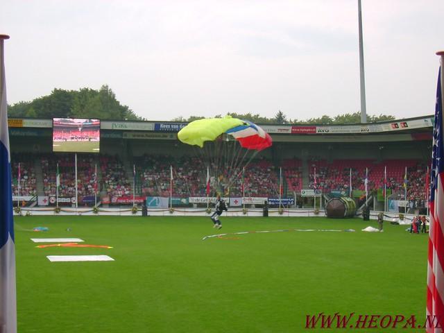2007-07-16 Startbewijs op halen en vlaggen parade. (54)