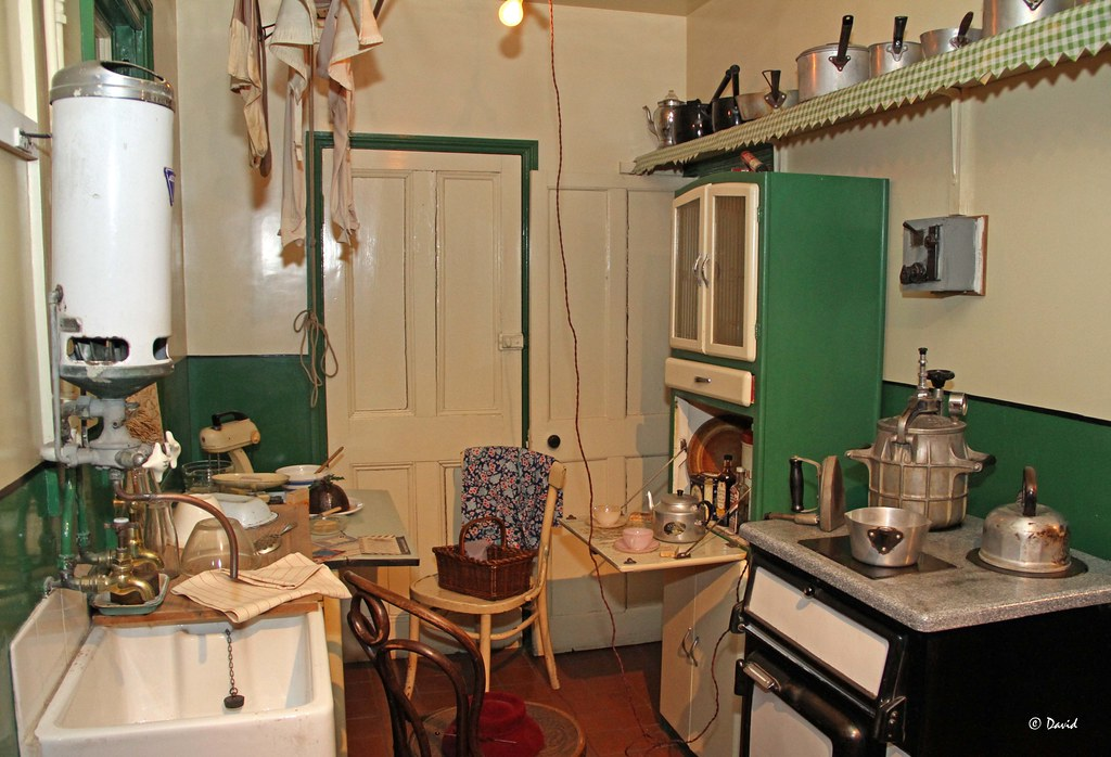 Trends of 1940s Kitchen Furniture Secret Guide @house2homegoods.net