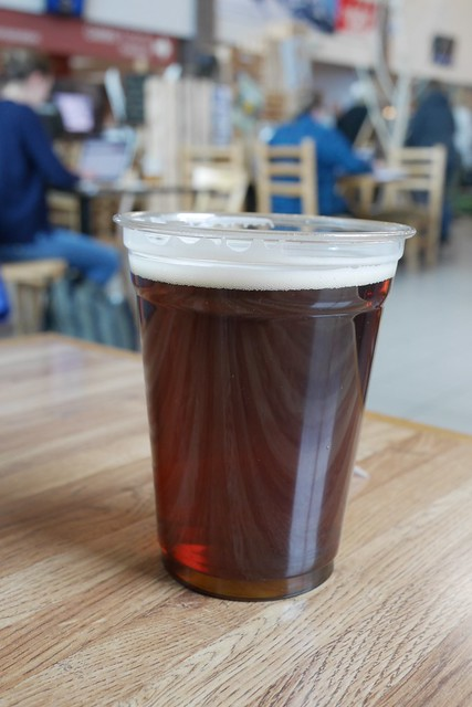 土, 2016-12-17 12:07 - モントローズ空港のビール