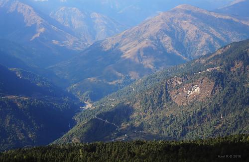 montagnes nepal préci phaplu rivière solukhola solukhumbu