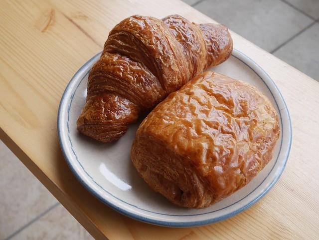 日, 2014-07-20 09:00 - Croissant & Pain au Chocola