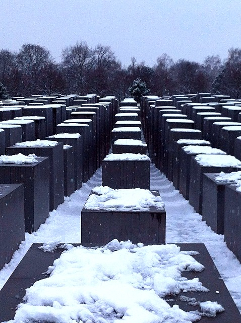 Monument a l'Holocaust de BerlínHolocaust Memorial in BerlinMémorial de l'Holocauste à BerlinDenkmal für die ermordeten Juden Europas