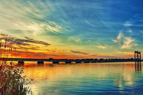 bridge sunset sky water clouds river landscape soleil landscapes eau coucher ciel stlawrence pont stlaurent nuages paysage paysages coucherdesoleil fleuve