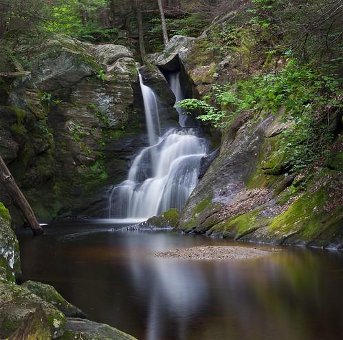 longexposure red wild green nature water leaves rock forest river waterfall rocks stream smooth falls geology wilderness longshutter