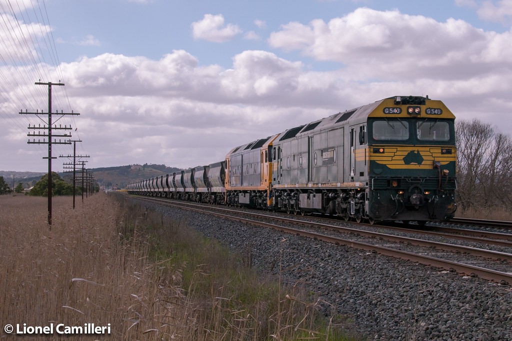 Up Apex at Wallan by LC501