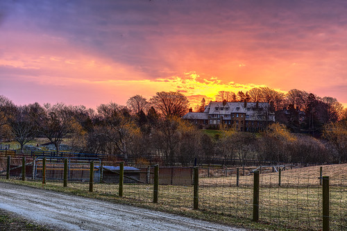 mansion beaconhill newport rhodeisland sunrise farm landscape outdoor morning rollinghills aquidneck
