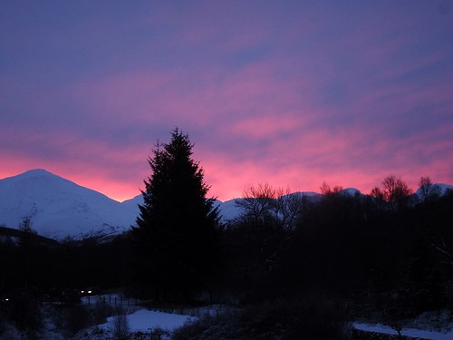 Sunrise and snow | by skelton_88