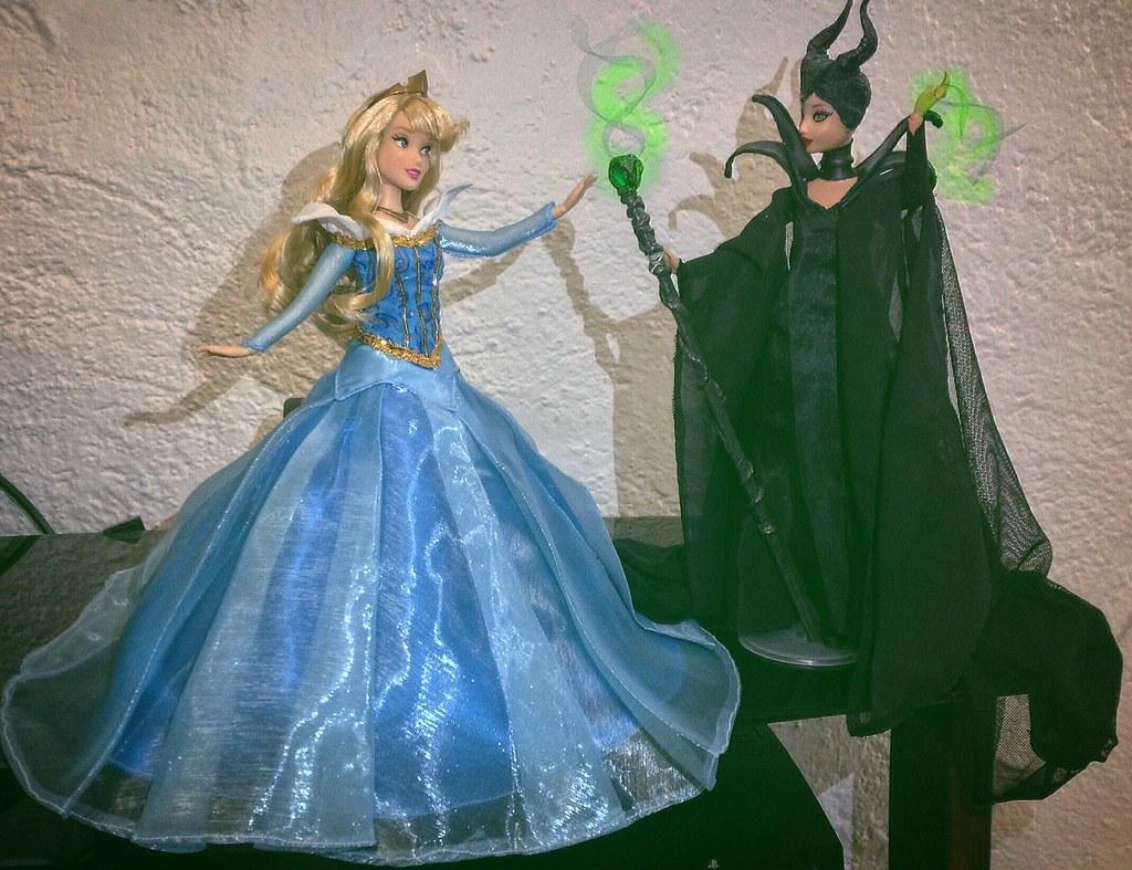 Disney Sleeping Beauty Princess Aurora Maleficent Dolls