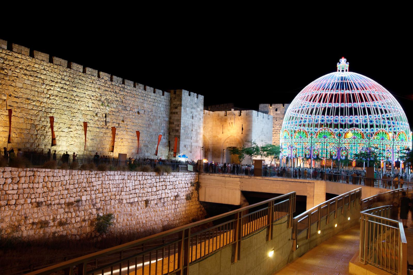 Jerusalem_Festival of Light_Old City_1_Noam Chen_IMOT
