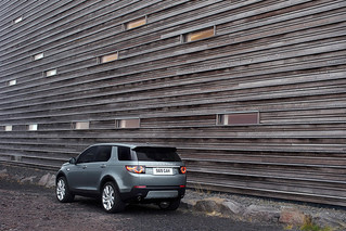 Land-Rover-Discovery-Sport-2014-25