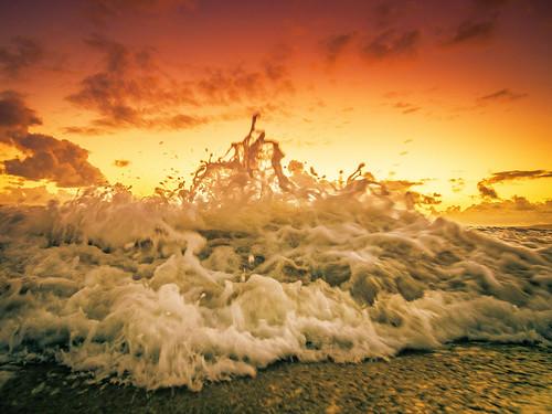 ocean california sunset reflection beach waves wave olympus explore sunsetbeach orangecounty splash huntingtonbeach hb huntingtonharbor explored microfourthirds meeyak epl5