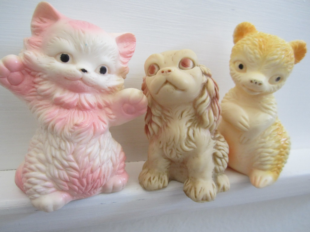 Sun Rubber Company set of tiny animals | kateheartxoxo blogs… | Flickr