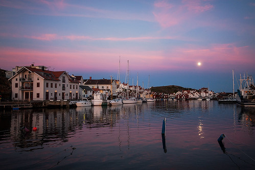 supermoon in Bohuslän, Sweden | by Eora Borealis