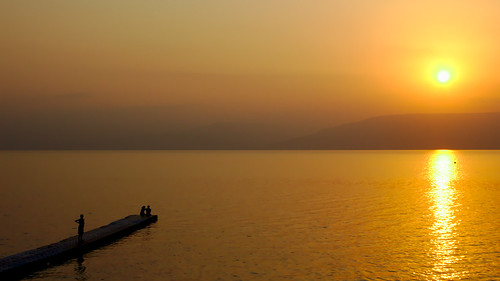 sea mer lake beach sunrise lac lovers plage goldenhour tiberias amoureux leverdusoleil tiberiade
