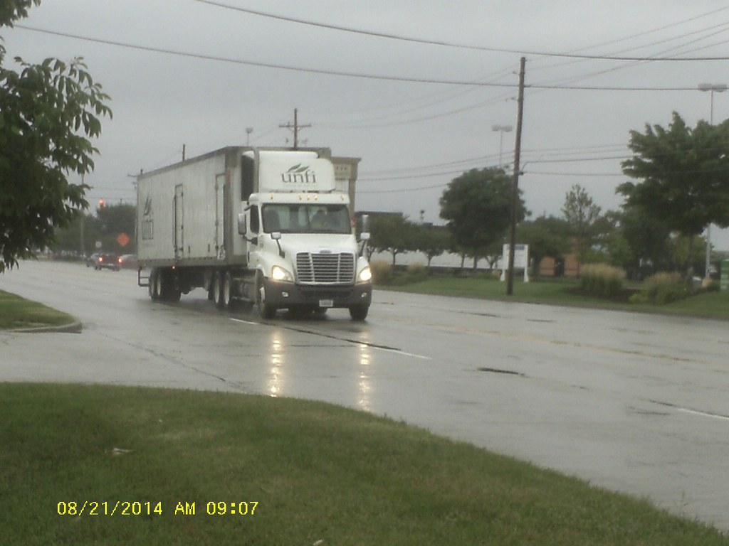Penske Reading Pa >> 785 Unfi Foods Lease By Penske Truck Of Reading Pa Flickr