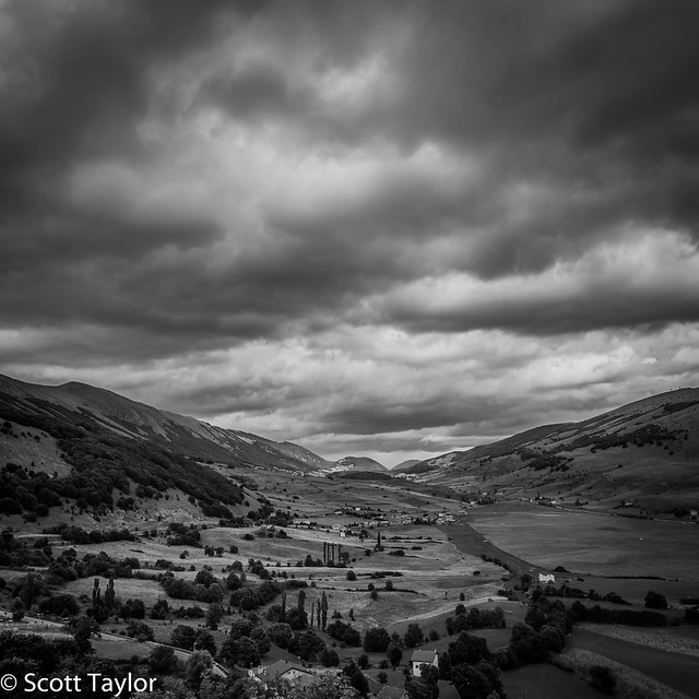 Valley, Pescocostanza