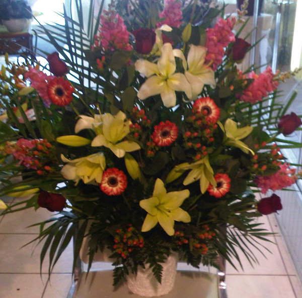 Farah Florist W-A-15.   $120