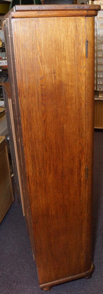 CH0072 Antique Oak Secretary DSC01373