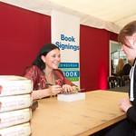 Diana Gabaldon book signing |