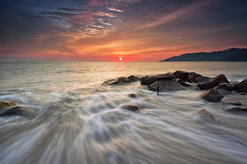 longexposure sunset sky nature landscapes nikon seascapes awesome malaysia nikkor lumut perak greatphotographers explored teluksenangin nikon1024mm nikond7100