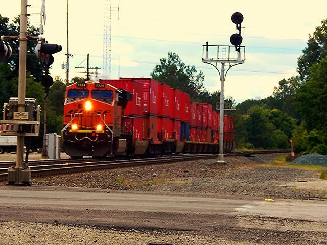 Short stack train