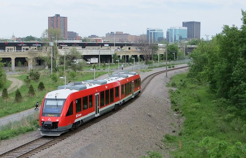 O-Train arriving at Bayview