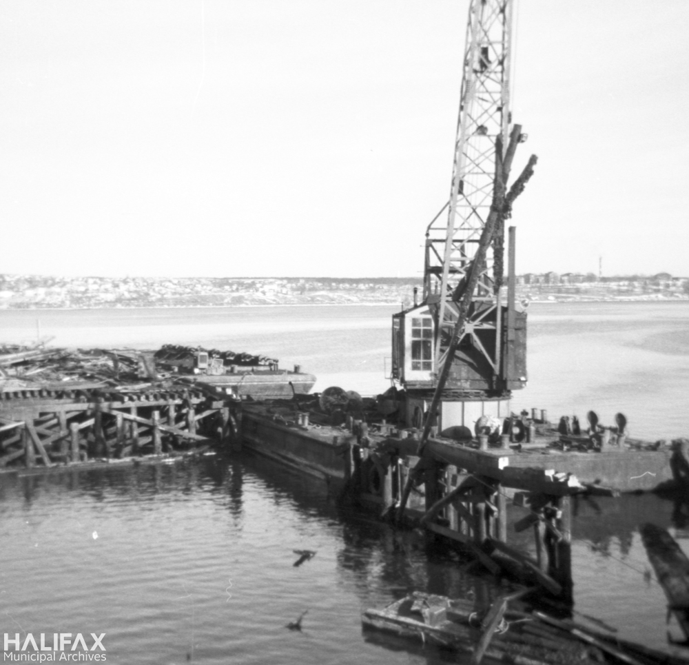 Demolition of the old jetty