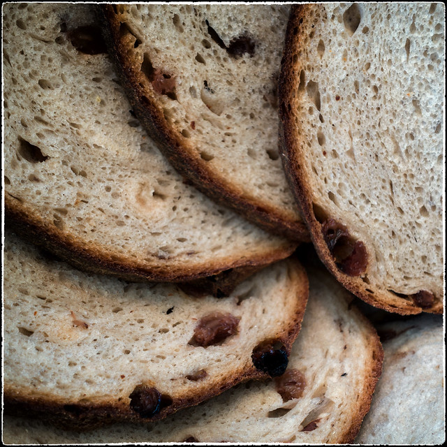 140706 Slices of bread