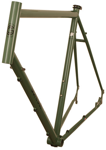 <p>Front view of Gunnar Fastlane in Monetary Green, with the versatility for commuting, distance riding, touring, cruising about town and even cyclocross.</p>