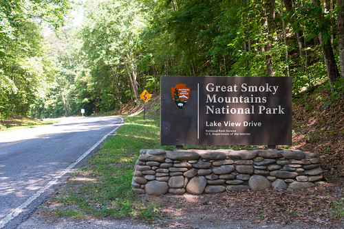 sign nationalpark northcarolina greatsmokymountains lakeviewdrive roadtonowhere swaincounty nikond800