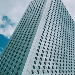 It's Friday! Get ready to make your escape from your pigeonholes in the sky. | #lifeofasalaryman #officelife #tgif #architecture #vscocam #skyscrapers