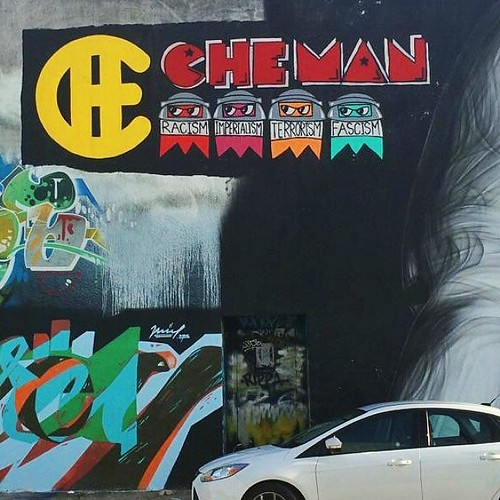 Thanks for the great pic @snapofmiami! It looks way better in the day light! #SnapOfMiami #CheMan #Wynwood #streetartmiami #streetartla #streetartsf #streetart #Wheatpaste | by VIVACHE