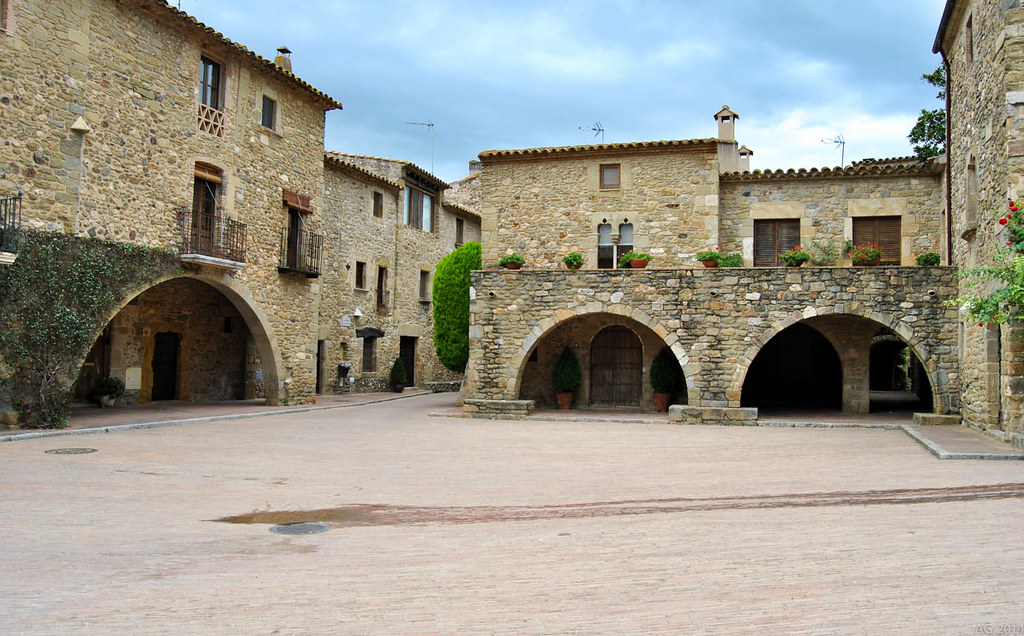 Monells, Girona
