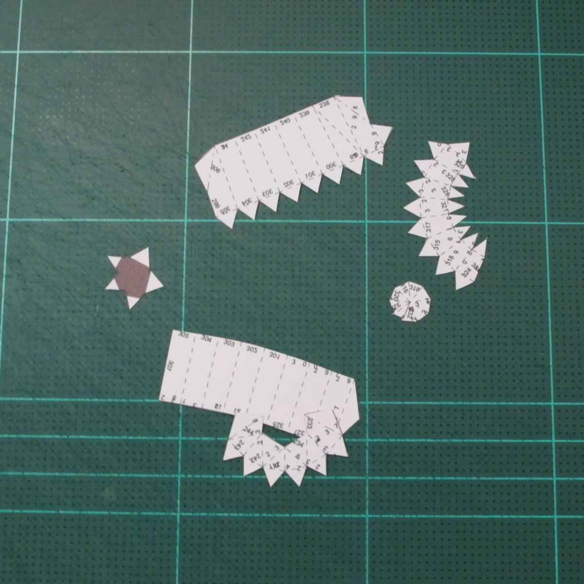 วิธีทำโมเดลกระดาษหมีบราวน์ชุดบอลโลก 2014 ทีมบราซิล (LINE Brown Bear in FIFA World Cup 2014 Brazil Jerseys Papercraft Model) 016