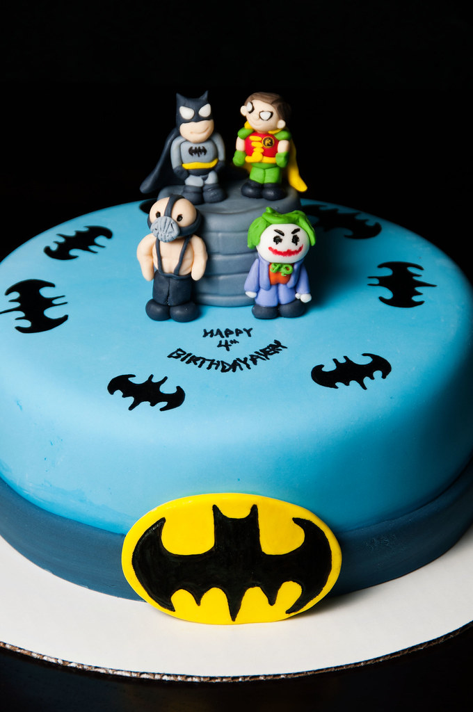 Excellent Batman Robin Cake Batman And Robin Cake With Bane And Jo Personalised Birthday Cards Vishlily Jamesorg