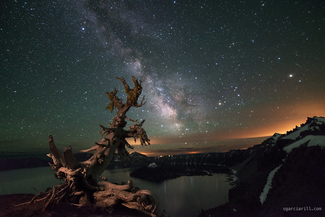 A clear night at Crater Lake