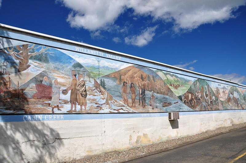 Roseburg mural