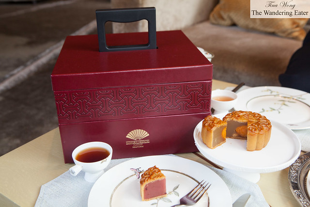 Our box of Mandarin Oriental's (limited edition) mooncakes