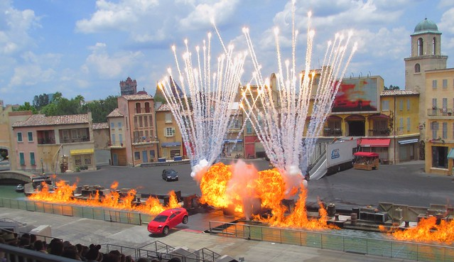 Lights, Motor, Action Extreme Stunt Show