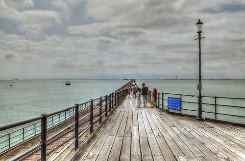 Southend is The Pier....longest pier in the world. 1.34 miles. | by KTrynor