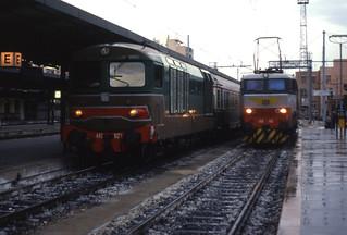 17.11.95 Bari Centrale D445.1020 and E656.496